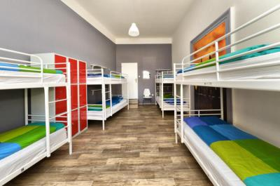 Albergues - Hostel One Home